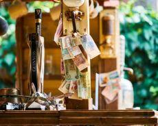 Zdjęcie dla Płatności na wakacjach - tylko gotówka?