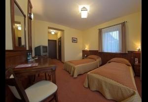 Ośrodek Usług Hotelarskich Redyk-313