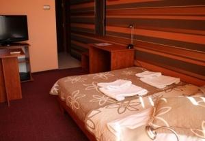 Hotel 1-5697