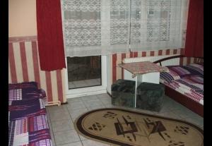 Pokoje Gościnne URSZULA-659
