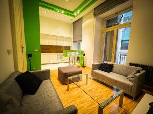 Apartament 3-6547