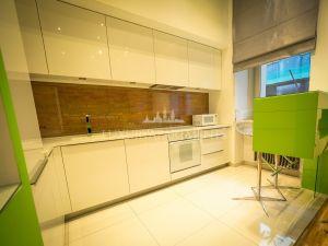 Apartament 3-6548
